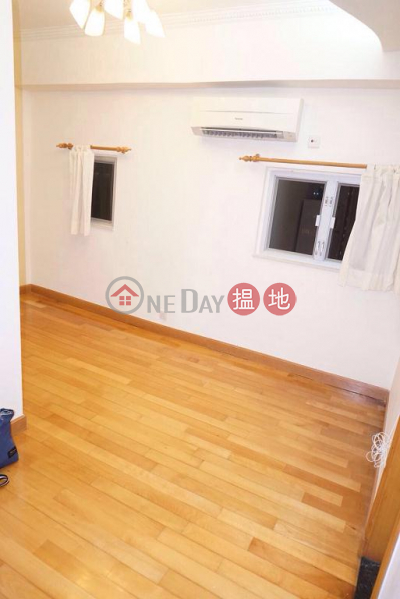 Flat for Rent in Dandenong Mansion, Wan Chai