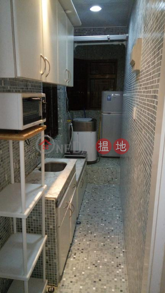 Flat for Rent in Man Shek Building, Wan Chai