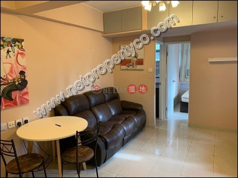 Furnished high-floor flat for rent in Wan Chai