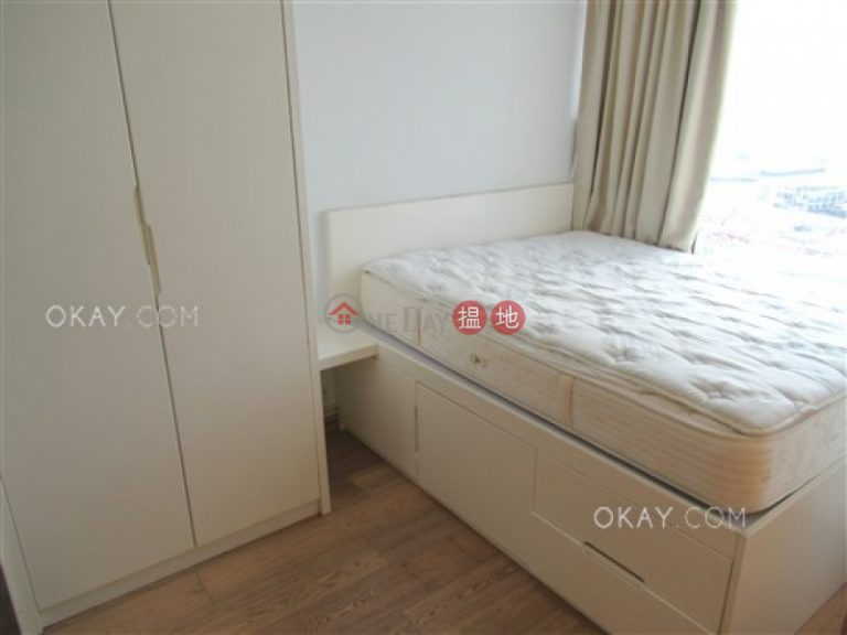 Stylish 1 bedroom with harbour views & balcony   Rental