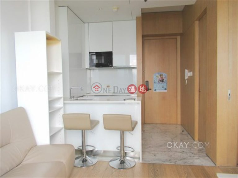 Stylish 1 bedroom with harbour views & balcony | Rental