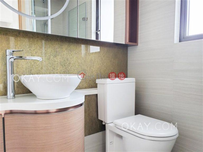 Charming 1 bedroom on high floor with balcony | Rental