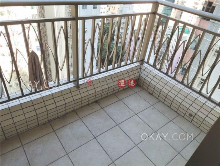 Popular 2 bedroom with terrace | Rental
