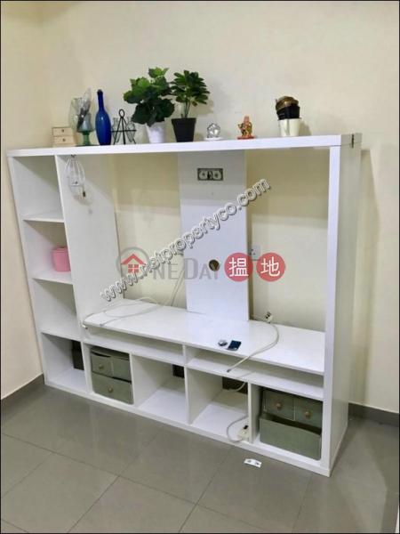 Furnished 2-bedroom flat for rent in Wan Chai