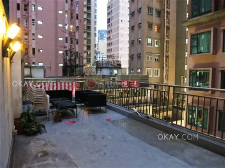 Popular 2 bedroom on high floor with rooftop | Rental