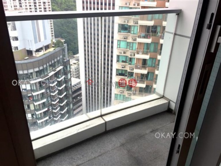 Popular 1 bedroom on high floor with balcony | For Sale