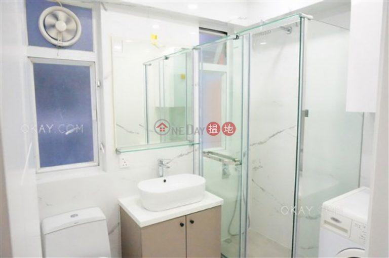 2房1廁《永昌大廈出售單位》